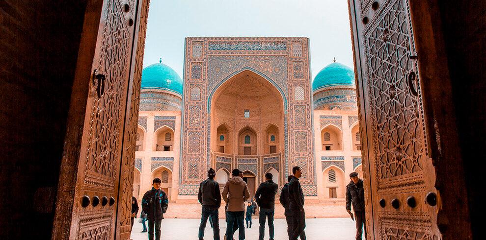 Uzbekistan-travel-13-days-tour