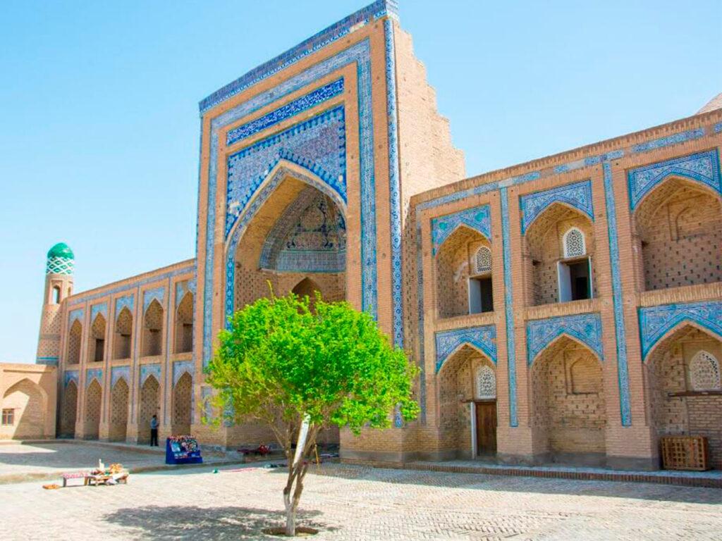 Madrasah-of-Muhammad-Rahim-Khan-II